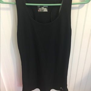 Under Armour size medium semi fitted tank